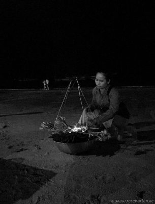 Woman cooking in Phu Quoc