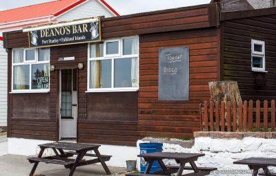 Deanos Bar, Stanley