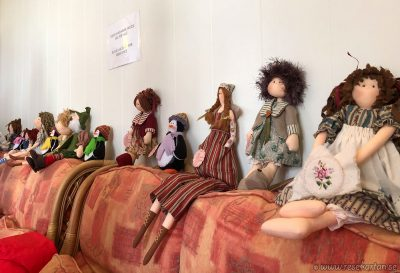 Dolls for sale, Carcass Island