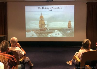 History of Antarctica with Arnau, Hurtigrurten
